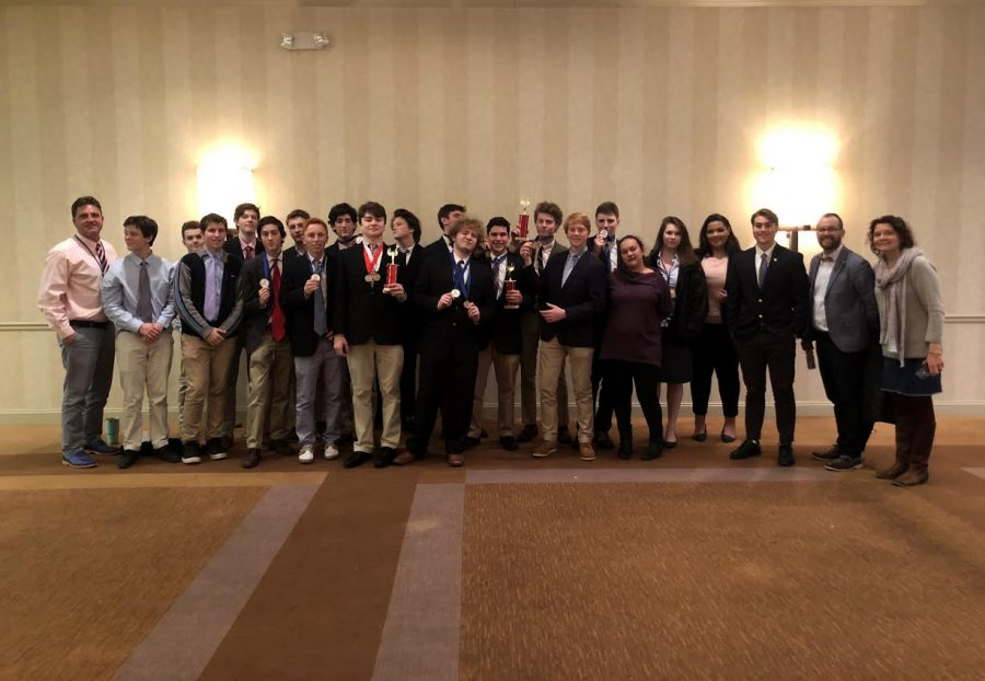 This year's DECA competitors from MVRHS gather to celebrate their many awards.